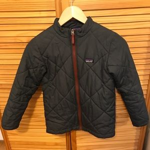 NWOT Patagonia boys medium (10) grey down jacket!